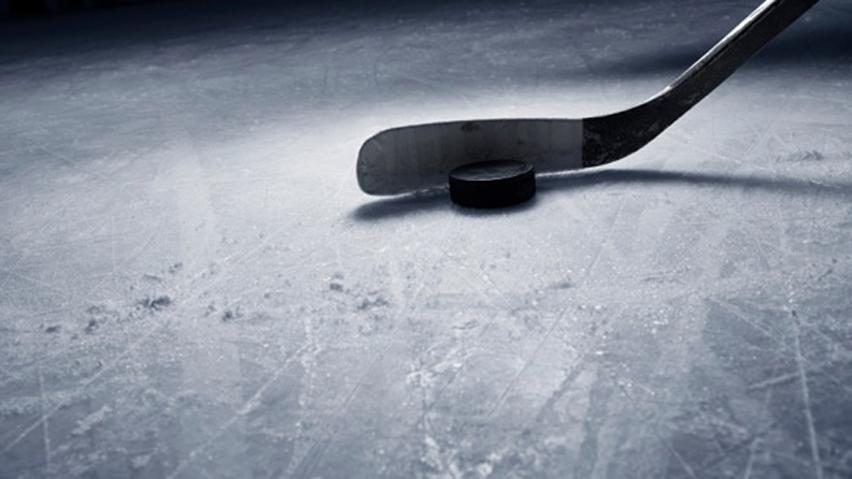 Hokejové zápasy v únoru